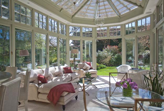 Edwardian Bay Conservatory Sitting Room Located In Surrey.