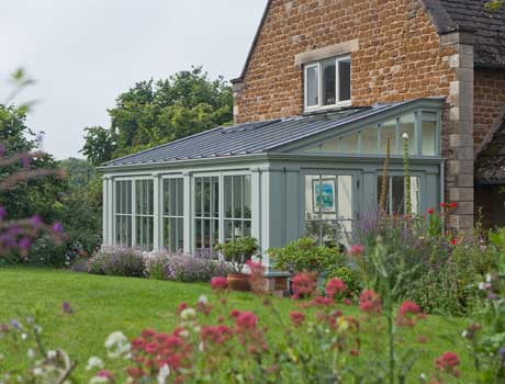 Traditional Lean-To Conservatory In Rutland.