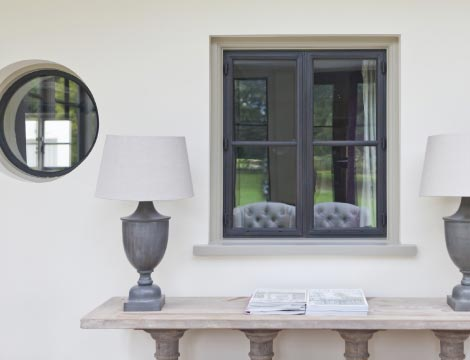 Bronze Windows In A Traditional Conservatory.