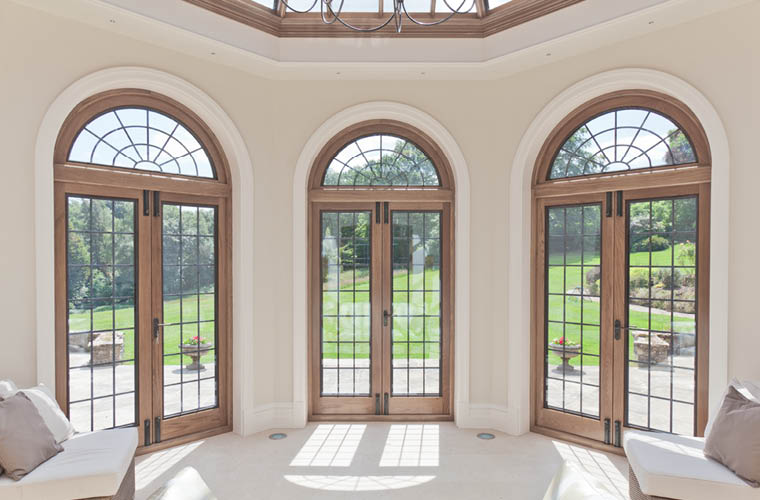 Oak Orangery Metal Windows