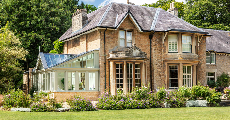 Elegant period property with a bespoke conservatory