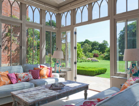 Large Conservatory Sitting Room.