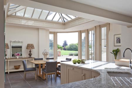 Curved conservatory in Buckinghamshire makes the most of an unused corner
