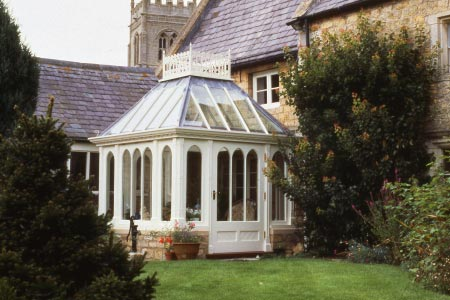 A small Victorian conservatory sits perfectly on this Lincolnshire property