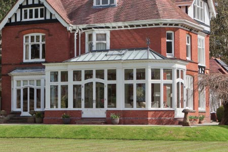 Charming bay fronted Edwardian conservatory complements this property in the West Midlands