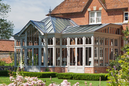 A stunning Timber Victorian Conservatory by Vale Garden Houses